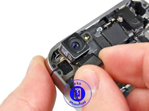 iphone-4-achter-camera-vervangen