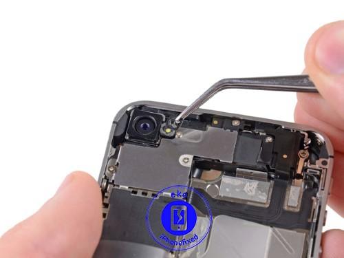 iphone-4s-achter-camera-vervangen