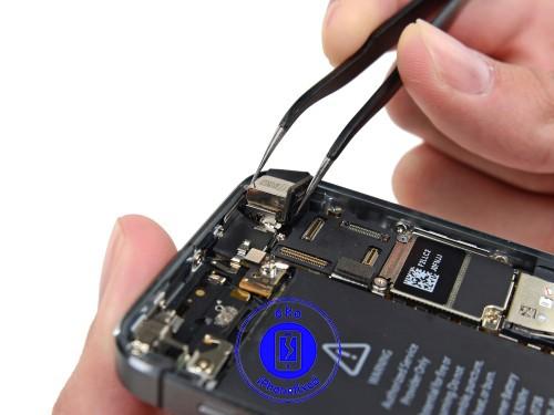 iphone-5s-achter-camera-vervangen
