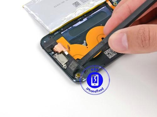 ipod-touch-5-speaker-muziek-vervangen