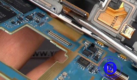 samsung-galaxy-s4-mini-fpc-connector-reparatie